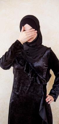 Платье с запахом велюр черное