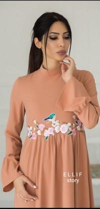 Платье с вышивкой Сакура