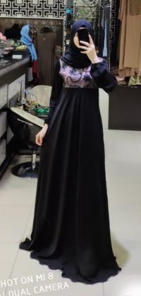 Платье завитушка