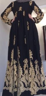 Платье из штапеля черное Узоры