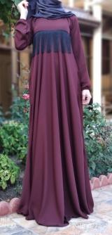 Платье абайное с тесьмой.