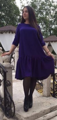 Короткое платье фиолет костюмка