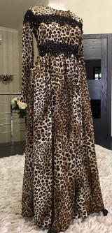 Платье леопард с гипюром