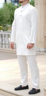 Мужской костюм поплин белый
