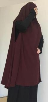 Химар с платьем бордо