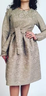 Короткое платье гипюр