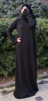 Платье базовое черное теплый трикотаж